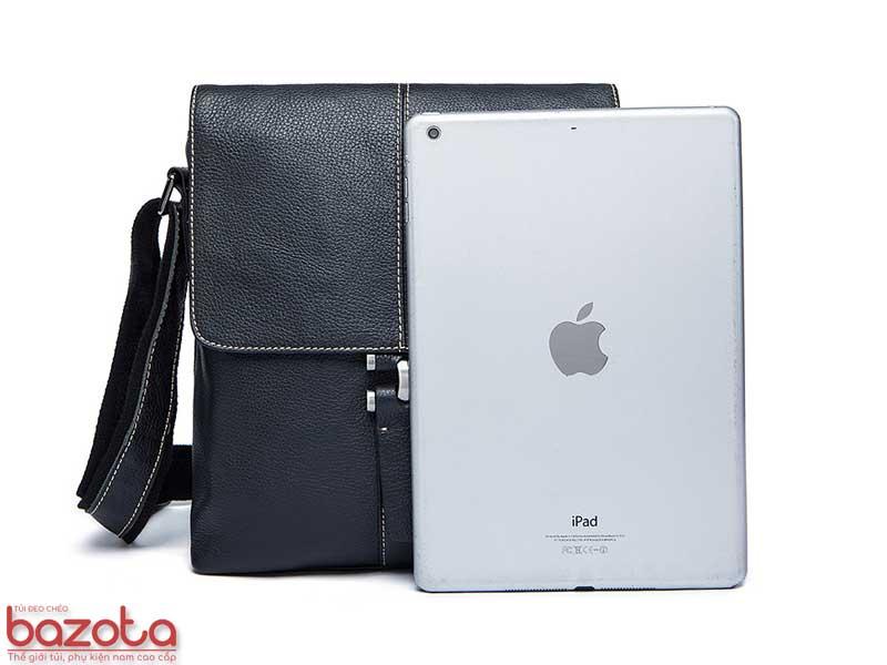 Túi đeo chéo da thật DT01 có ngăn riêng để vừa iPad Air.