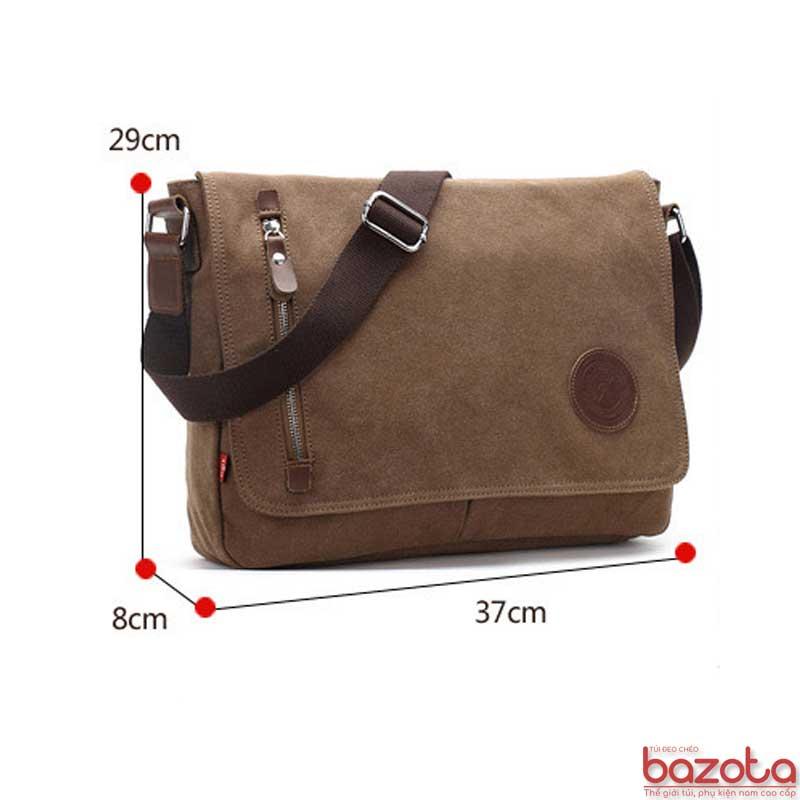 Túi có kích thước rộng rãi 37x29x8cm